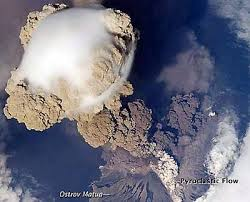 Estación Espacial Internacional toma espectacular foto de erupción ...