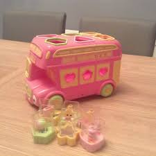 early learning centre bus shape sorter