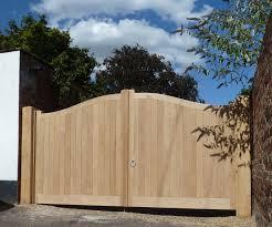Needham Gates In 2020 Entrance Gates Fence Gate Entrance
