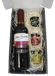 gift box with don luciano wine iberian