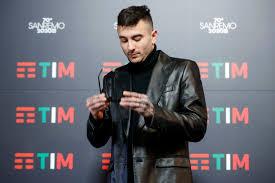 Sanremo, Junior Cally risponde a Gessica Notaro: «Io sto con lei ...