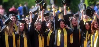 Sarbatoarea absolventilor UVT, la Timisoara! Momente emotionante la
