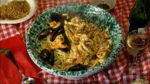 Quick Seafood Marinara Pasta Recipe ...