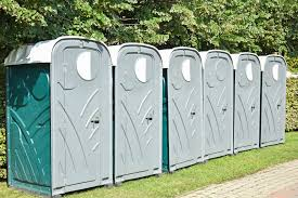 a guide to using portable toilets for