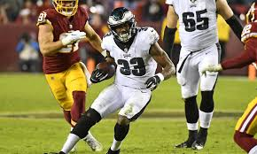 Duce Staley says Josh Adams should not change his running style
