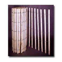 Snow Fencing The Cheapest And Quickest Way To Make A Dog Fence Is To Use A Snow Fence Cute Wood Snow Fence Snow Fence Wood Fence Design