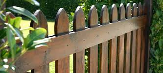 Replace Wood Fence Panels In 5 Steps Doityourself Com