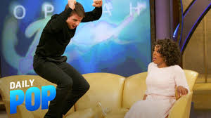 15 Years Since Tom Cruise Infamously Jumped on Oprah's Couch ...