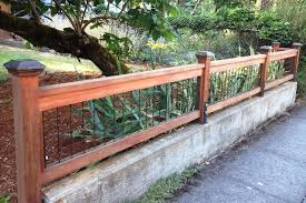 Dave Snyder Real Estate Portland Or Wire Fence With Wood Frame Backyard Fences Front Yard Landscaping Front Yard