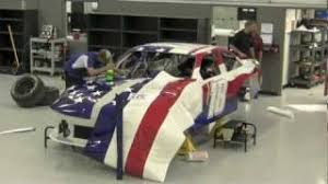 Incredible Timelapse Wrap Of American Flag Nascar Car For Kyle Busch Youtube