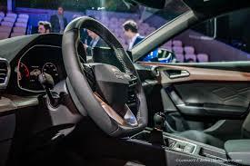Seat Leon 2020: interni ed esterni, ecco come cambia la hatchback