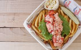 The 7 Best Lobster Rolls In Newport ...