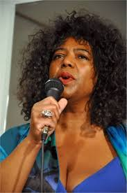 Tracey Gräfelfing (low res).jpg :: Tracey Adele Cooper - Jazz Singer