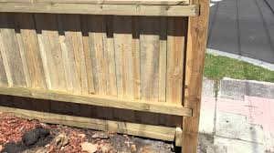 Paling Fence With Exposed Posts And Capping Youtube