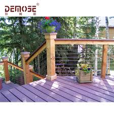 Exterior Wood And Wire Fence Design