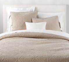 dark taupe hanna quilt king cal king