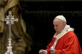 Papież Franciszek powołał fundusz na walkę z pandemią. Przekazał ...