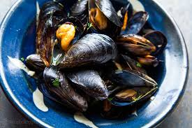 Mussels in White Wine Sauce, Moules ...