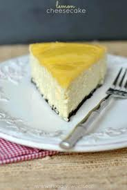 perfect lemon cheesecake topped with