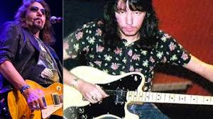 KISS' Ace Frehley Shares Opinion on Fender Strats & Teles, Talk How They  Compare to Gibson Les Paul | Music News @ Ultimate-Guitar.Com