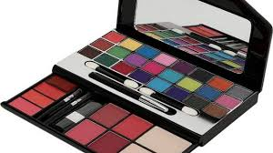 best professional bridal makeup kits