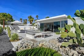 Photo 7 Of 9 In Donald Wexler Himself Helped Renovate This Palm Springs Prefab Rental Dwell