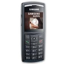 Verykool s135 vs Samsung SGH-X820 Ultra ...
