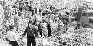 Arthur Chevallier – Le faux débat sur les bombardements alliés contre  l'Allemagne nazie - Le Point