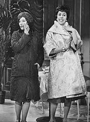File:Carol Burnett Denise Lor Garry Moore Show 1961.jpg ...