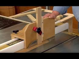 This Table Saw Tenon Jig Holds A Workpiece Vertically Or At An Angle And Adjusts To Fit Any Rip Fence In 2020 Table Saw Jigs Table Saw Table Saw Fence