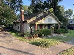 Homes for Sale near Ida Burns Elementary School - Conway AR | Zillow