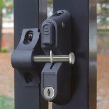 Garddog Locking Gravity Latch Two Sided Key Entry Gate Latches Boerboel Gate Solutions