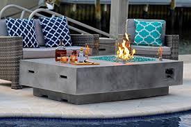 10 concrete fire pit tables that you