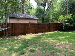 Easy Fence Staining Hometown Hardware