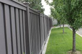 Trex Fencing Fds Fence Distributors On Twitter Trex Fencing Seclusions Style In The Woodland Brown Color Trexfencing Trexfence Trex Compositefence Privacyfence Greenbuilding Homeimprovement Hoa Commercialfence Https T Co Hees4g9wwu