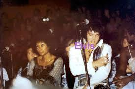 Pin by M W on elvis in concert in 2020   Elvis in concert, Kodak photos,  Elvis