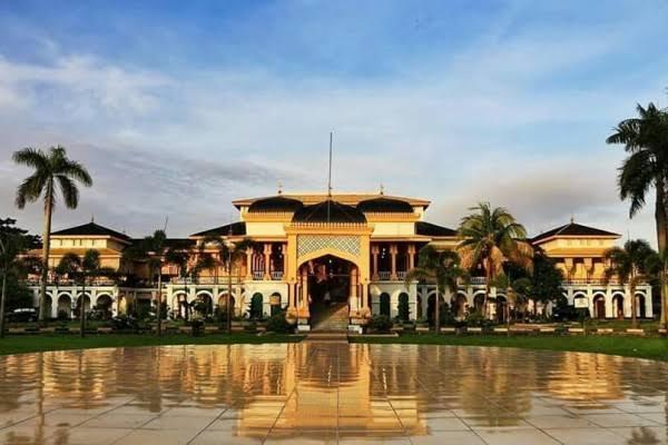 Maimun Istana