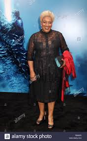 "CCH Pounder 05/18/2019 ""Godzilla: King of the Monsters"" Premiere held at  the TCL Chinese Theatre in Hollywood, CA Photo: Cronos/Hollywood News Stock  Photo - Alamy"