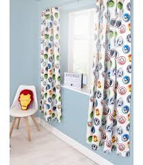 These Marvel Avengers Strong Curtains Will Add A Finishing Touch To Any Avengers Or Superhero Themed Bedroom Th Marvel Bedroom Avengers Room Avengers Curtains