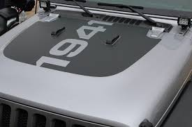 Center Hood Decal For Jeep Wrangler Jl Jl 1941 Hood Graphics Kits My Cars Look Professional Vinyl Graphics And Stripes