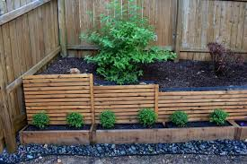 Diy Cedar Planter Boxes With Trellis Privacy Screen