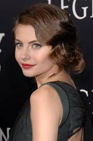 """4 Things to Love About """"Legion"""" Star Willa Holland's Look Here   Glamour"""
