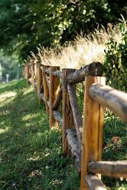 Rustic Fence Around Games Paint White And Add Bunting Decorations Or Keep Natural And Add Hanging Mason Jars With Candy Rustic Fence Country Fences Log Fence