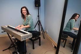 Actress Cynthia Gibb coaches budding talent in Westport ...