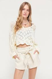 uo bea belted faux leather short best