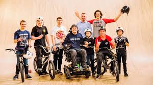 STAYING STRONG: BMX Session at Corby with Seth Murray and Joe Baddeley -  YouTube