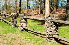 Fence Pictures Of Different Types Configurations And For Various Purposes Rustic Landscaping Stone Fence Driveway Fence