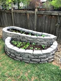 build a raised garden with pavers