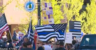 Outgoing Police Chief Bans Thin Blue Line Flags The Police Tribune