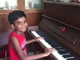 The Piano Boy: This 10-year-old's playing skills will shock you ...